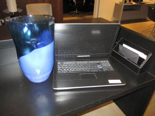 Kit com notebook falso (